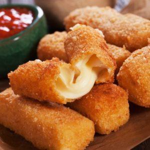 Rántott sajt + köret